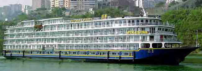 所有游船设有独立空调系统. 丰富多样的早,午,晚自助餐.